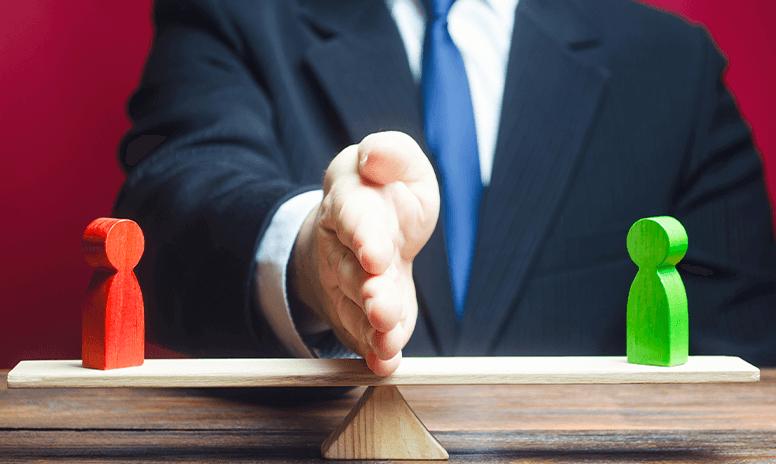 2020-11-10 Glücklich im Job - Entscheidung Waage